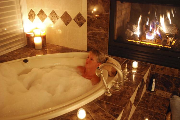 Soaking in Private Tub Health Benefits StaySpa Castle Rock Lake